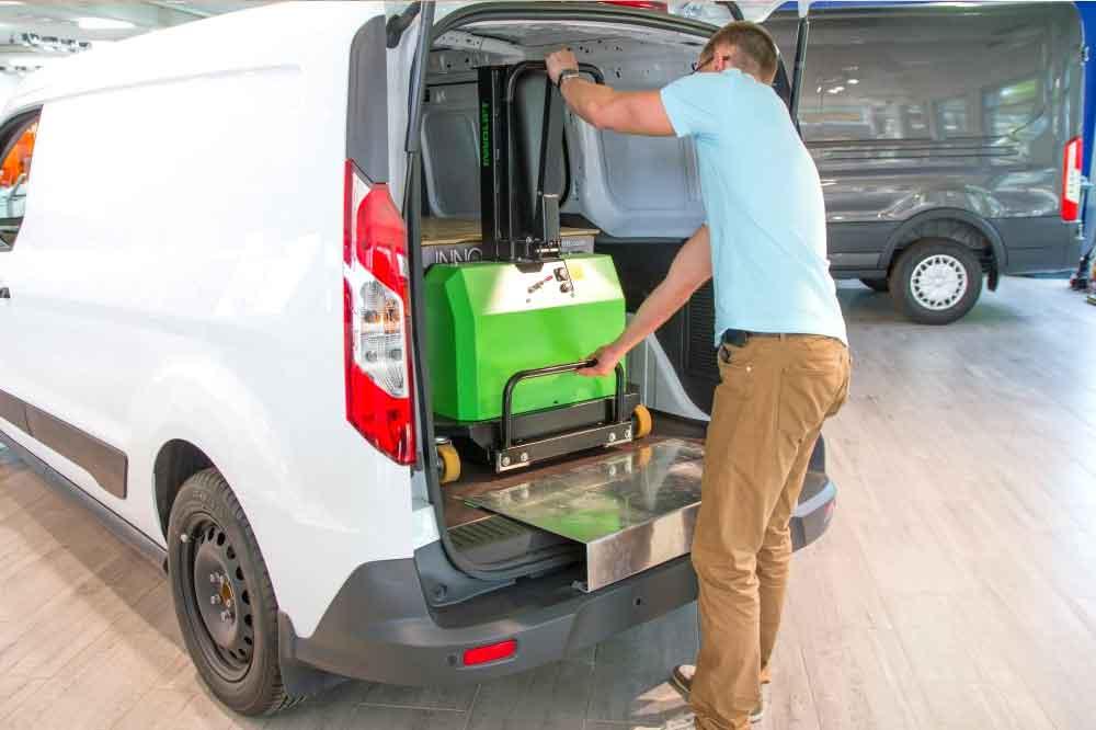 meeneemstapelaar in bestwagen, alternatief voor laadkllep